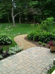 Get the finest lawn care service in Omaha, NE. Call Custom Edges Lawn Care! | Custom Edges Lawn & Landscape | Scoop.it