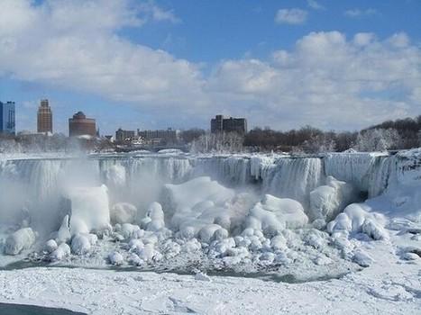 La photo hallucinante des chutes du Niagara totalement gelées | Claire | Scoop.it