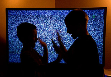 Background TV can be bad for kids | Sustain Our Earth | Scoop.it