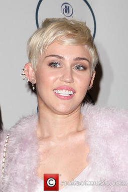 Miley Cyrus | Miley Cyrus Blasts Unkind Critics From Sick Bed | Contactmusic.com | Miley Cyrus | Scoop.it