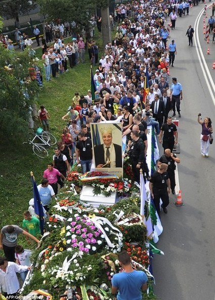 Romania's King of the Gypsies is laid to rest in... | | Resources to support Film study of Into the West | Scoop.it