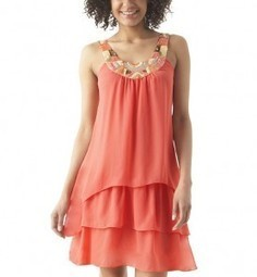 Robes de soirée : les couleurs à privilégier en 2013 › Robes de soirée | Robes de soirée | Scoop.it
