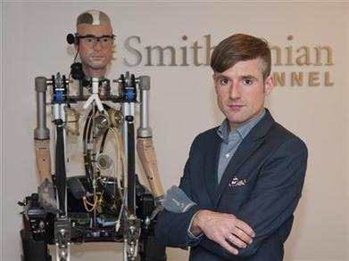 'Bionic man' walks, breathes with artificial parts | Brian Castellani | Scoop.it