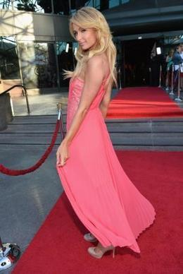 Paris Hilton can't wait to see Kim's baby - Celebrity Balla | contracted | Scoop.it