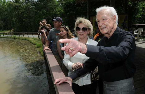 Bob Barker donation will give California research monkeys a home - Los Angeles Times | Animal Rescue Web Digest | Scoop.it