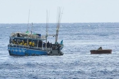 Stopping the boats at any cost - Eureka Street | International Law & Human Rights | Scoop.it