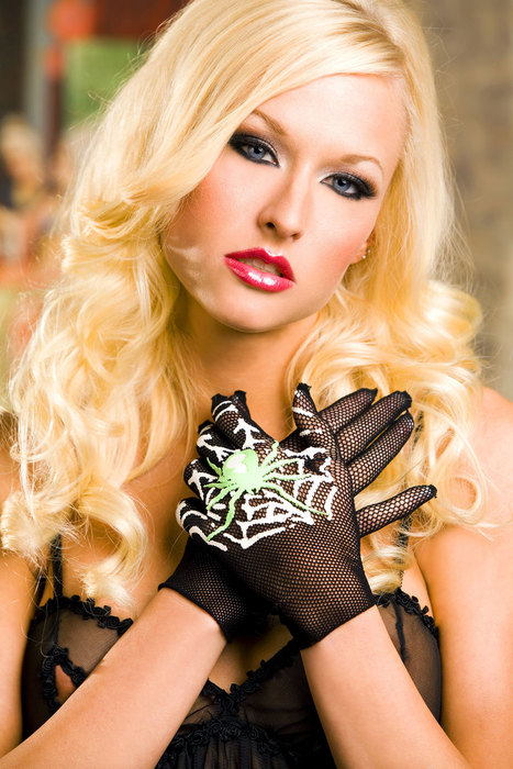 Spider and web print gloves - LegsAppeal.com | Spider and web print gloves | Scoop.it