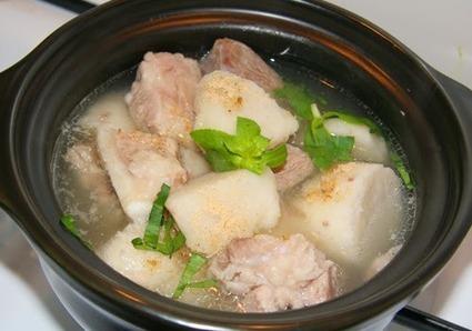 Khoai sọ nấu xương sườn non bổ dưỡng, ngon miệng - Ẩm thực số | Mật ong Hưng Yên | Scoop.it