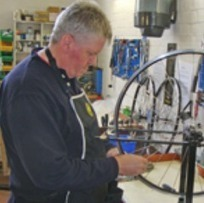 Bicycle repairs: DIY or pay others to do it? | Cyclosophy | Scoop.it