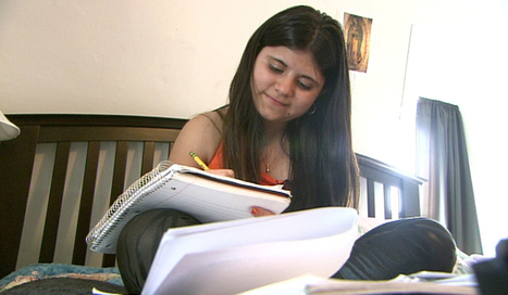 Kids cross border alone, fleeing drugs and gangs | Enrique's Journey-Immigration | Scoop.it