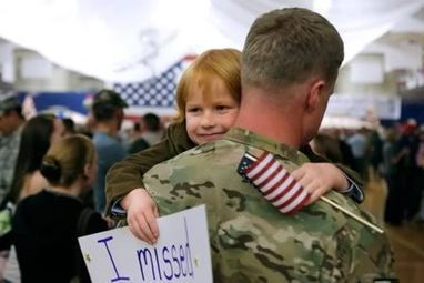 9 Most Heartwarming Stories of Surprise Military Homecomings | Soldier HomeComing Videos | Scoop.it