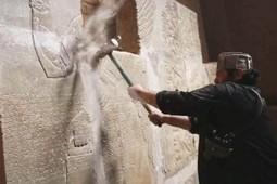Estado Islámico destruye más piezas de ciudad arqueológica | ArqueoNet | Scoop.it