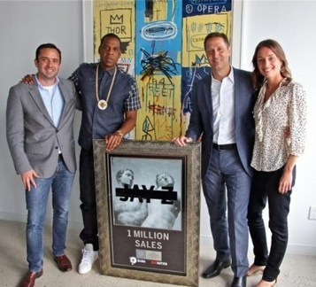 "Jay-Z Already Gets Awarded Platinum Plaque For ""Magna Carta Holy Grail"" [PHOTO] 