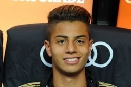 Young talents: Hachim Mastour | Futebol - Soccer | Scoop.it