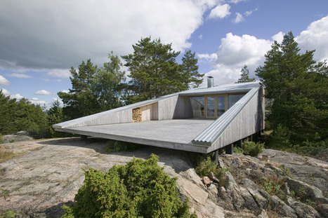 A Breathtaking Work of Staggering Genius // Look at this Finnish lake house. | Finland | Scoop.it