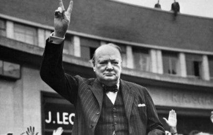 Un dentier de Winston Churchill vendu 19.000 euros aux enchères | Mais n'importe quoi ! | Scoop.it