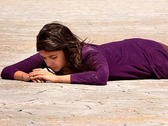Alia Bhatt's pinch of salt in Highway! | Online Gossips | Scoop.it