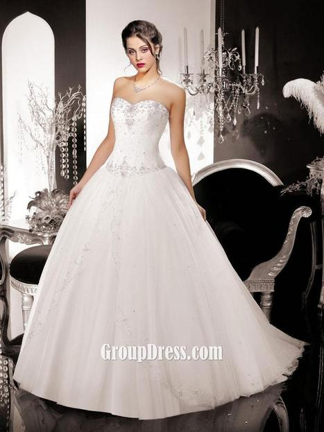 Stapless Sweetheart Tulle Wedding Ball Gown with Sweep Train | Woman Wedding Dresses | Scoop.it