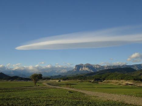 Beau lenticulaire dans le ciel d'Ainsa | Vallée d'Aure - Pyrénées | Scoop.it