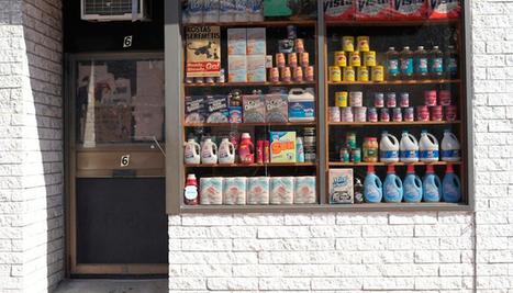 Une épicerie cache une boutique tendance derrière une porte coulissante   Tasting Collection   Scoop.it