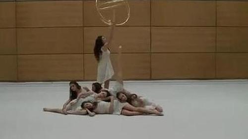 Las chicas del equipo español de gimnasia rítmica quieren ser «burbujas Freixenet»