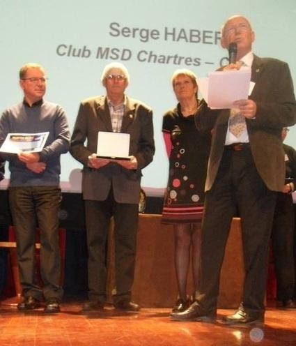 MSD Chartres > Serge Habert reçoit le ruban bleu de la sécurité | RoBot cyclotourisme | Scoop.it