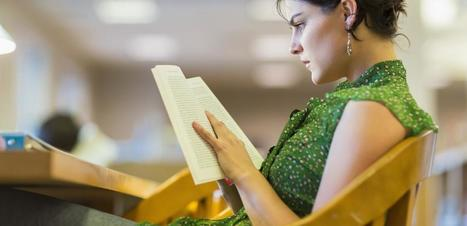 Science Has Great News for People Who Read Real Books Instead of Kindles | Good News For A Change | Scoop.it