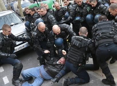 France : Ouvriers de PSA violemment embarqués   Occupy Belgium   Scoop.it