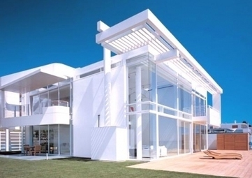 Dazzling Contemporary Beach House With White Exterior Paint By ... | Beautiful Beach Houses | Scoop.it