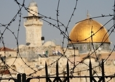 وكالة شهاب الإخبارية: الاحتلال يخطط لإقامة حي استيطاني وكنيس يهودي قرب الأقصى | Palestine | Scoop.it