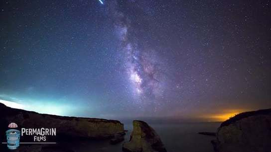 A Meteorite Exploded in This Guy's Timelapse And We're All Left Wishing We Were That Lucky