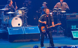 Bruce Springsteen dedicates song to Trayvon Martin at Irish gig - NME | Bruce Springsteen | Scoop.it