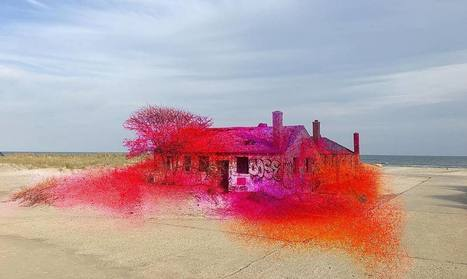 Spray Paint Transforms an Abandoned Beach House into a Painting | Insta of the Week | The Creators Project | Modern Ruins, Decay and Urban Exploration | Scoop.it