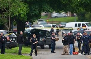 Police officer, suspect killed in Omaha shooting   Criminal Justice in America   Scoop.it
