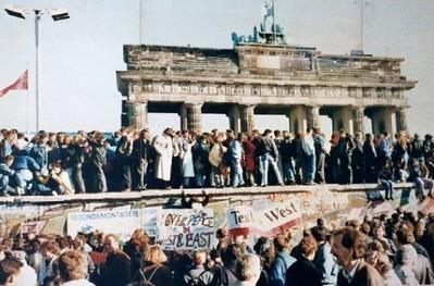Val van de Berlijnse Muur IsGeschiedenis | KAP-BuysE | Scoop.it