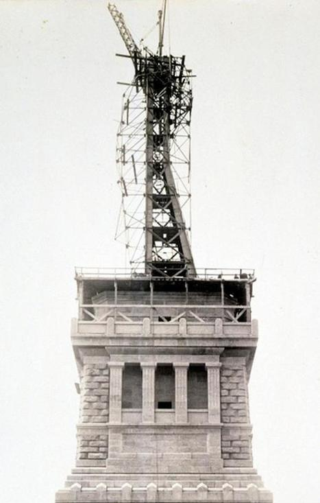 Twitter / History_Pics: Construction of the frame of ... | Construction Crisis Management | Scoop.it