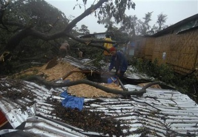 Typhoon kills at least 283, hundreds missing, in Philippines - AlertNet | Climate Chaos News | Scoop.it
