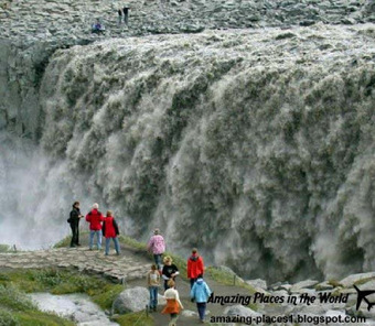 Amazing Places: Bubbling waterfall in Iceland, The most powerful waterfall in Europe | Amazing places | Scoop.it