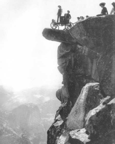 Vintage Photographs of Tourists on the Overhanging Rock, Yosemite National Park | What's new in Visual Communication? | Scoop.it