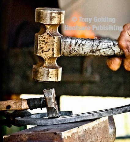 Heavy Hooves: Farrier Work Transformed with Tony Golding's Artistic Vision | Fran Jurga's Hoof Blog | Hoofcare and Lameness | Scoop.it