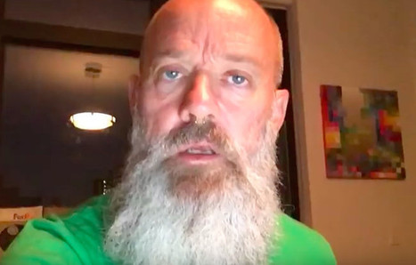Michael Stipe Takes A Stand For Chelsea Manning In A New Video #ChelseaManning | SocialAction2014 | Scoop.it