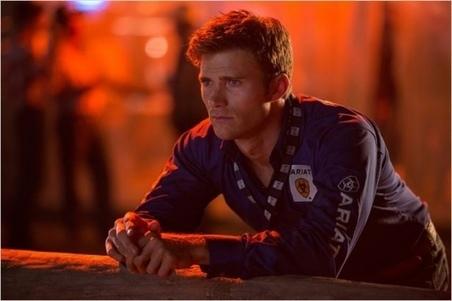 Scott Eastwood rejoint le film d'Oliver Stone sur Edward Snowden avec Joseph Gordon-Levitt | MoviesSeries | Scoop.it