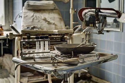 Doctor's Abandoned Mansion Still Filled with Terrifying Medical Equipment - FEARnet.com | thermoforming | Scoop.it
