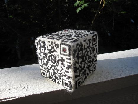 handmade QR-code cube | CRAKKS | Scoop.it