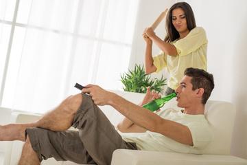 Chéri, lâche la manette et écoute-moi. C'est sérieux... | Assurance vie au Québec | Scoop.it