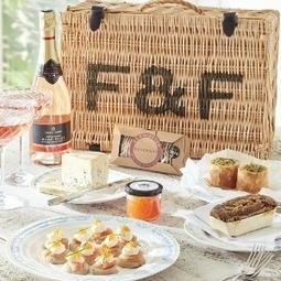 Sophie Conran Summer Picnic Hamper for two | All Hampers | Gifts & Hampers | Christmas Hampers | Smoked Salmon | Chocolate Gifts | Christmas Hampers | Scoop.it