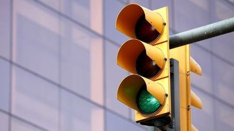 Audi's Traffic Light Assist tells how long until the signal goes green   Leisure   Scoop.it
