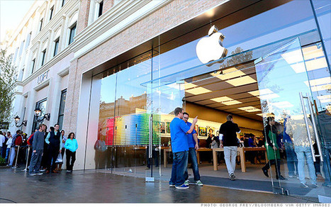 Are investors giving up on Apple? - CNN | Year 11 Business | Scoop.it