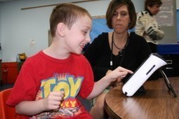 Using AAC to talk about Special Interests | DynaVox Blog | Beginning Communicators | Scoop.it