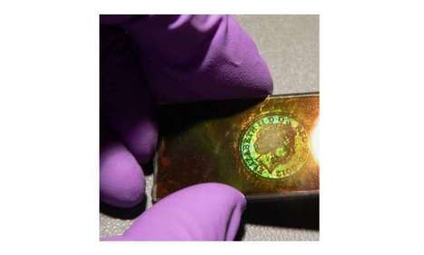 Optical forces used to make rewritable 3-D holographic materials | Fragments of Science | Scoop.it